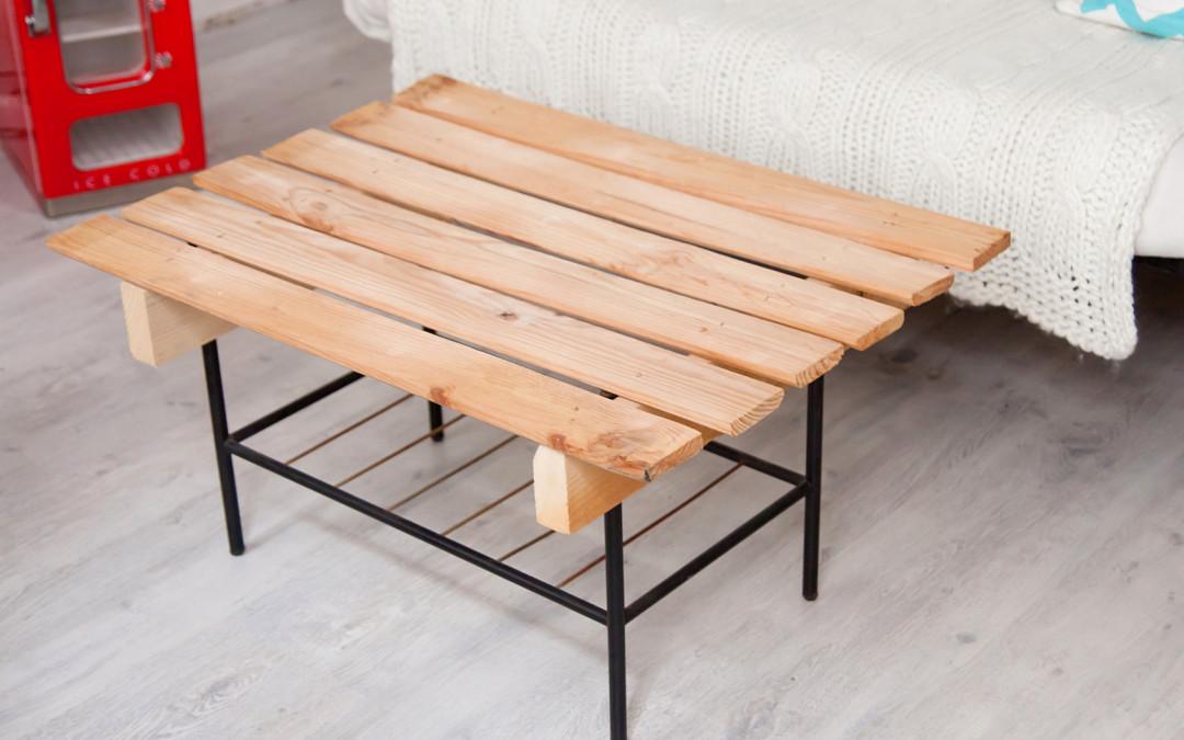 Meble z palet - Comment laquer une table en bois ...